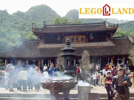 Nhà gần đền - chùa