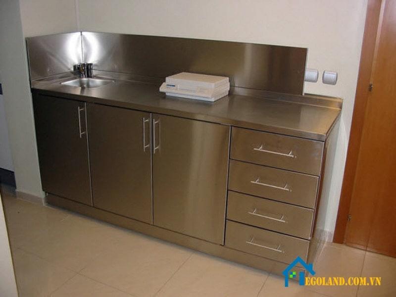 Mẫu tủ bếp Inox hình chữ I