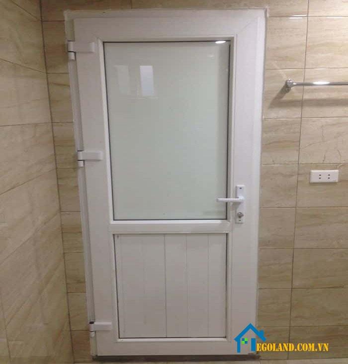 Cửa nhà vệ sinh là một thiết bị nội thất dành riêng cho nhà vệ sinh