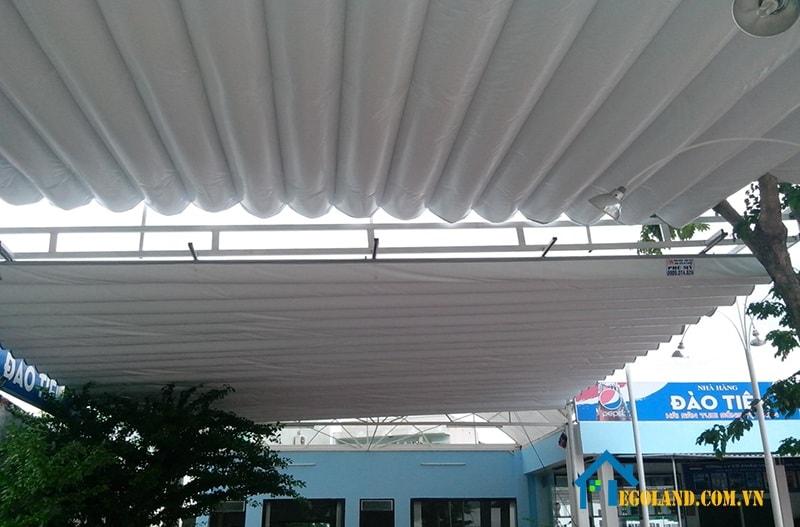 Sản phẩm mái xếp di động lượn sóng mái sau khi thi công mái xếp xong