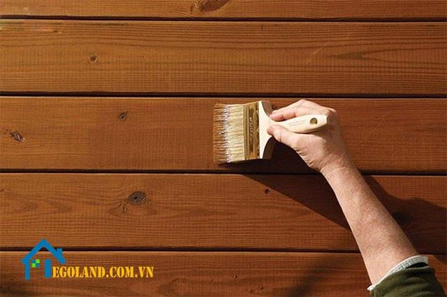 Sơn gỗ giúp tăng tính thẩm mỹ và bảo vệ bề mặt cho các sản phẩm gỗ