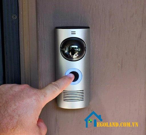 Chuông cửa không dây là thiết thị thông minh giúp gia chủ biết có khách đang tới nhà