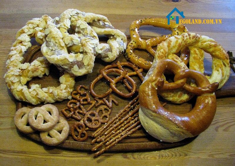 Bánh Pretzel hiện có rất nhiều loại khác nhau phù hợp với thị hiếu của khách hàng