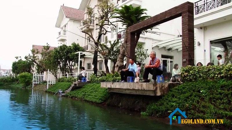 Hệ thống giải trí của Vinhome Riverside mang đầy đủ các tiện ích hiện đại và sang trọng