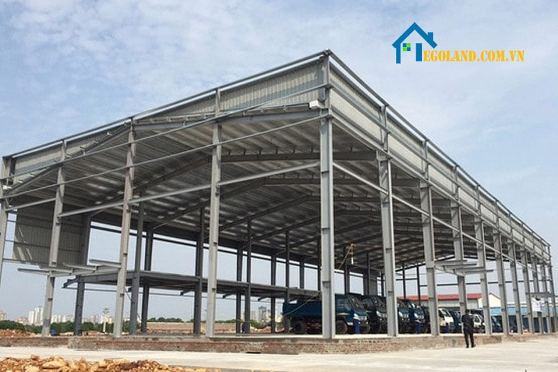 Nhà xưởng công nghiệp khung thép mang đến nhiều ưu điểm vượt trội