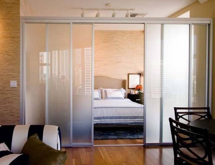 Vách ngăn phòng ngủ bằng nhôm kính