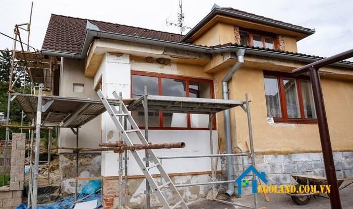 Bạn cần phải cẩn trọng với những ngôi nhà đã sơn phết, sửa sang lộng lẫy khi mua