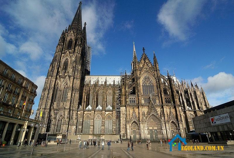 Cologne là nhà thờ lớn nhất ở khu vực Bắc Âu