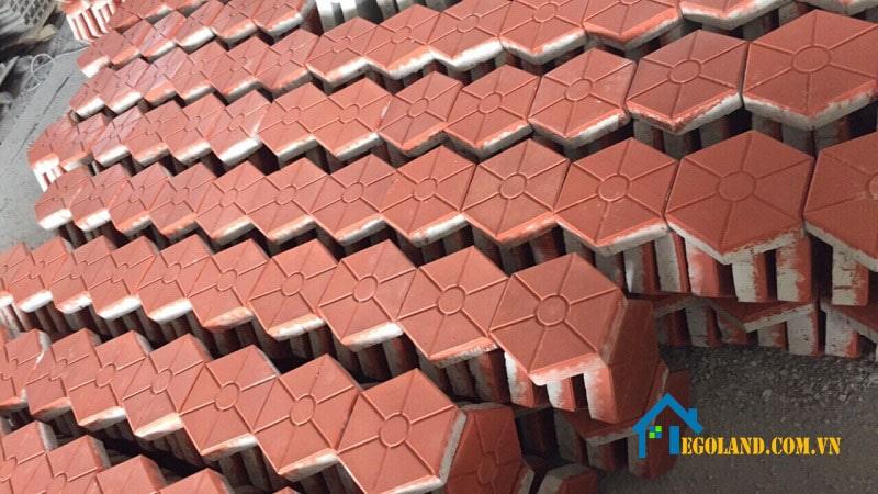Gạch block được sản xuất với nhiều hình dáng và màu sắc khác nhau tha hồ cho người dùng