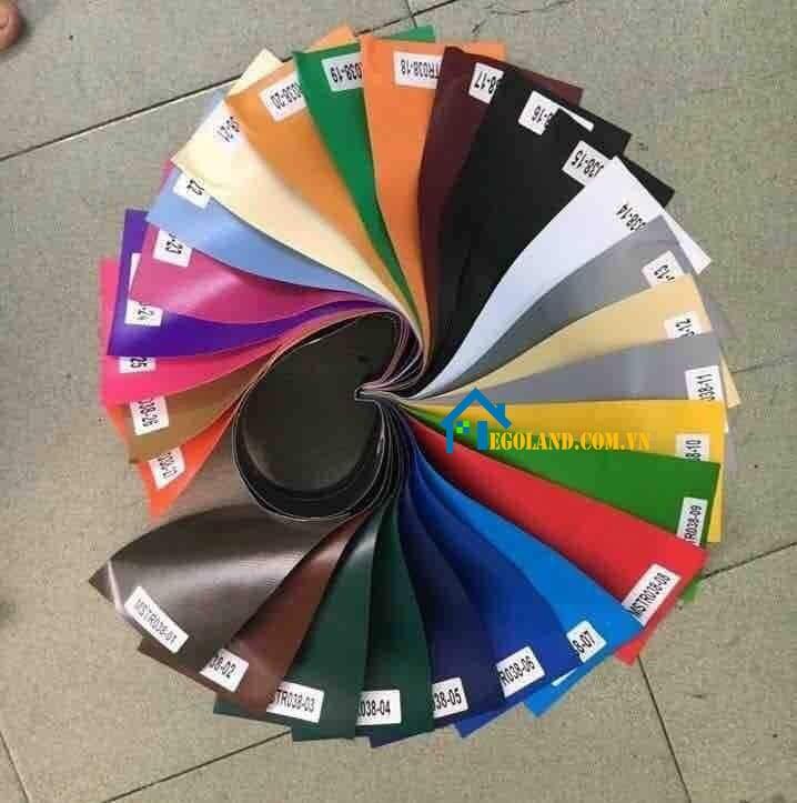 Bạt PVC Tarpaulin được sản xuất với rất nhiều mẫu mã, kích thước, chủng loại trên thị trường