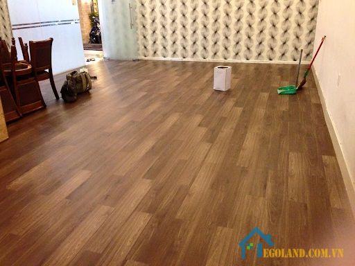 Giá thành của ván gỗ lát sàn còn bị ảnh hưởng bởi rất nhiều yếu tố khác nhau