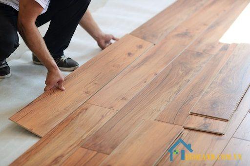 Giá thành của sàn gỗ sồi còn rất phải chăng, phù hợp với nhiều đối tượng người dùng