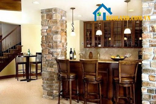 Mẫu cột nhà vuông trong nhà được thiết kế với tông trắng chủ đạo tạo nên sự tinh tế cho không gian