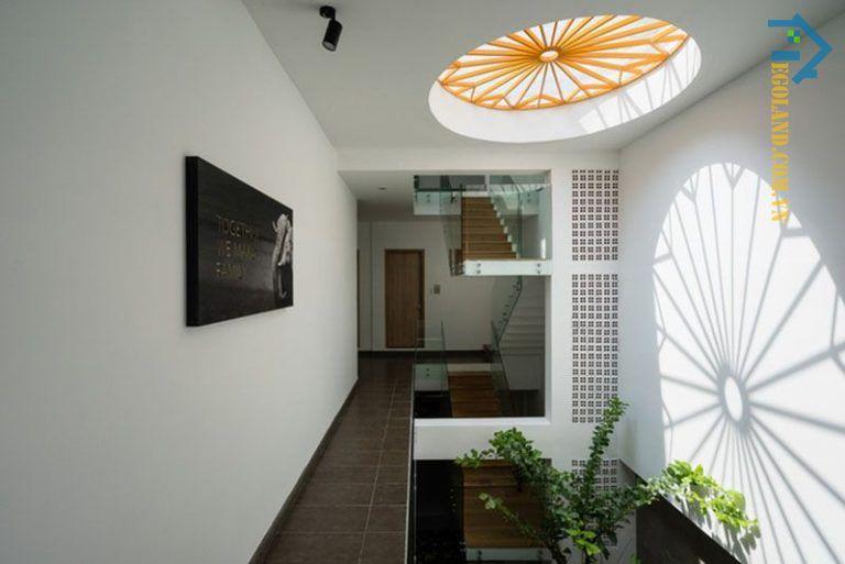 Mẫu thiết kế giếng trời 10