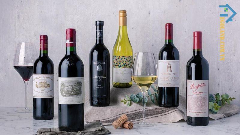 Nếu không biết tặng quà gì cho phái mạnh trong ngày Quốc tế đàn ông thì bạn có thể lựa chọn rượu vang