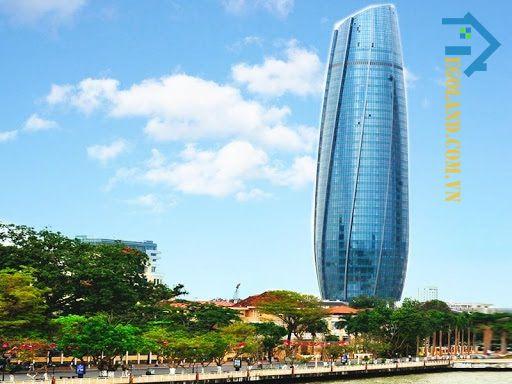 Tòa nhà Trung tâm hành chính Đà Nẵng cũng là một trong những tòa nhà cao tầng vào có vị trí đặc địa tại Việt Nam