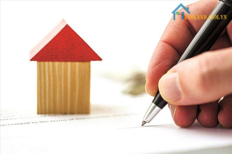 Việc thực hiện ký hợp đồng thuê và đặt cọc tiền nhà rất cần thiết