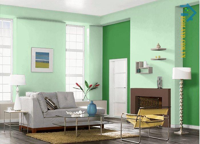 Xanh lá cây là màu sắc tượng trưng cho hành Mộc nên gia chủ thuộc bản mệnh này có thể lựa chọn màu sắc này để sơn nhà