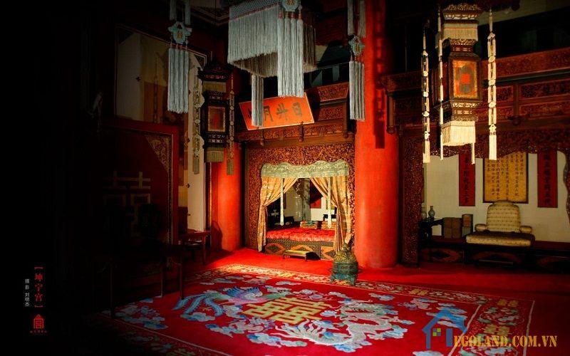 Khôn Ninh Cung tùy vào thời Vua mà mang chức năng khác nhau