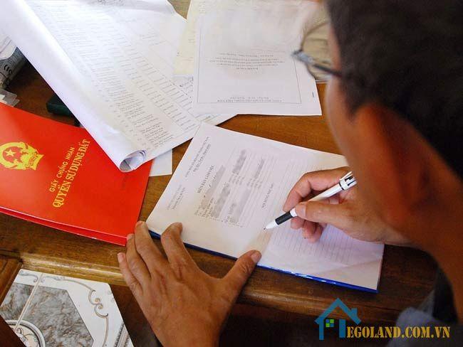 Những người mua nhà tái định cư phải đảm bảo về điều kiện và có đầy đủ hồ sơ mua bán nhà tái định cư