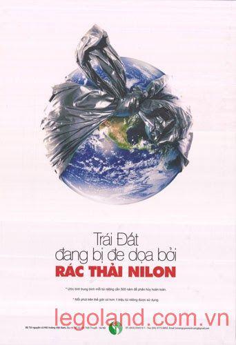 """Tác phẩm """"Trái đất đang bị đe dọa bởi rác thải nilon"""" do tác giả Nguyễn Thị Thu Huyền (Hà Nội) sáng tác"""