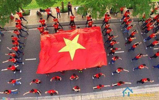 Ngày quốc khánh Việt Nam chính là dịp để người dân Việt Nam dù đang sinh sống ở trong hay ngoài nước cùng nhau hướng về Tổ quốc