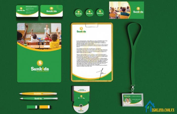 Một bộ nhận diện thương hiệu bao gồm nhiều yếu tố cấu thành như:màu sắc,logo,slogan, ...