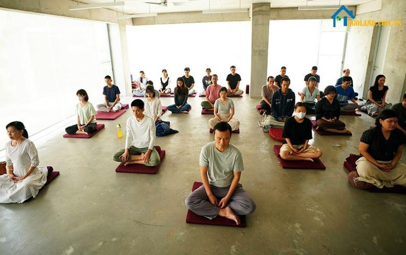Đội ngũ Vo Trong Nghia Architects ngồi thiền mỗi ngày