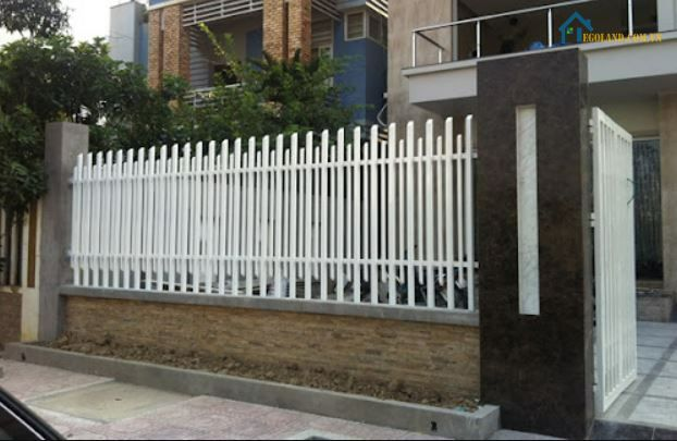 Mẫu hàng rào sắt đơn giản đẹp