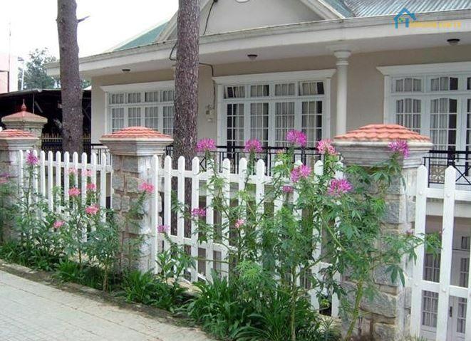 Mẫu hàng rào sắt sơn tĩnh điện