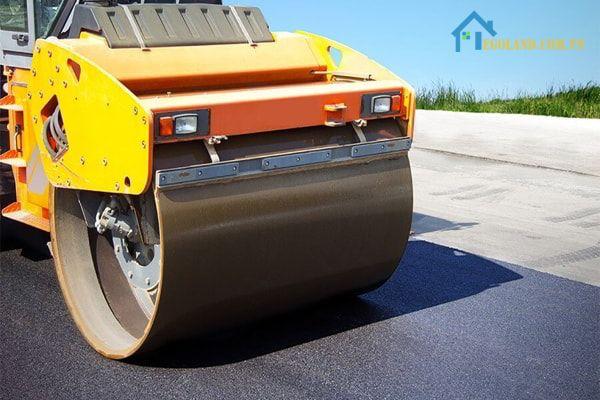 Bê tông nhựa nóng thường được sử dụng trong nhiều công trình giao thông