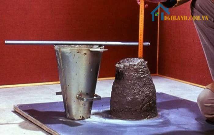 Tùy theo từng trường hợp để đo độ sụt bê tông